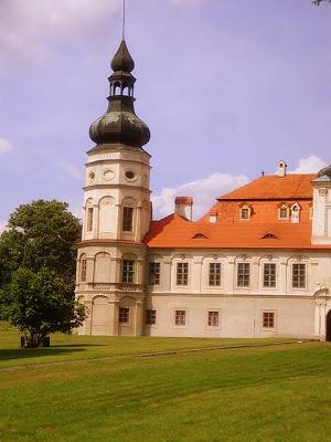 Z cyklu Piękno Polski – Pałac w Żyrowej
