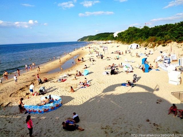 Wakacje nad morzem Międzyzdroje plaża latem