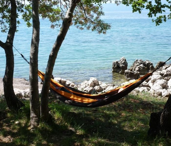 Hamaki ogrodowe – chwile relaksu