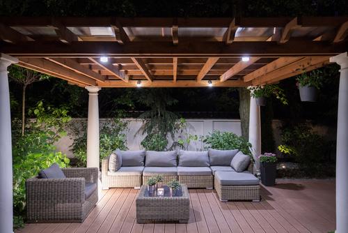 ogrodowy wypoczynek jak wybrać meble ogrodowe