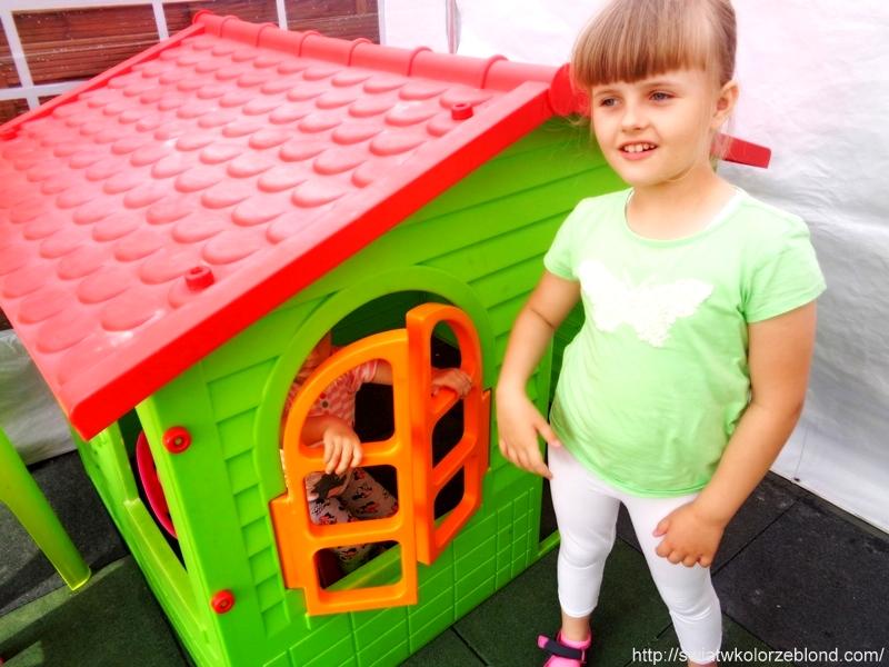 Wakacje domek ogrodowy dla dzieci