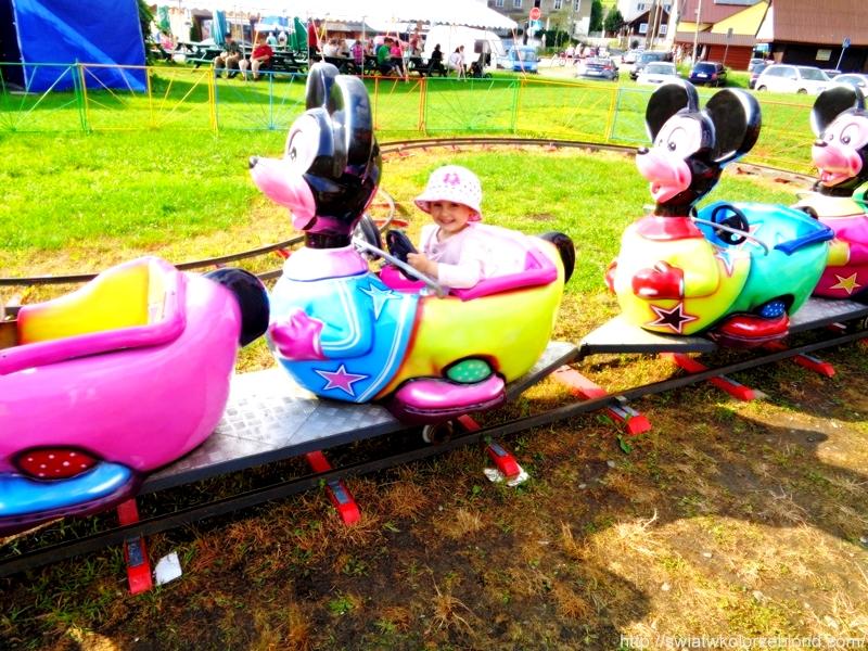 Wakacje karuzele dla dzieci
