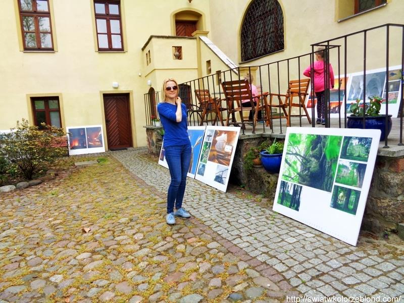 Zamek w Czernej wystawa obrazy