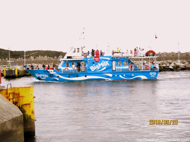 Port morski w Kołobrzegu big milk statek blog